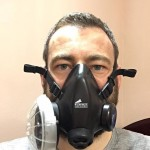 Ricky Munday trying out a Summit Oxygen Facemask